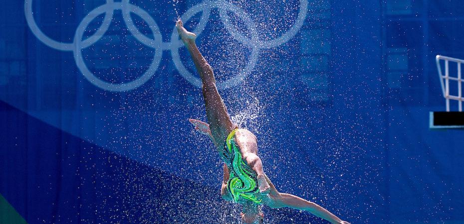 Ukraine acrobatics in synchro at Rio Olympics